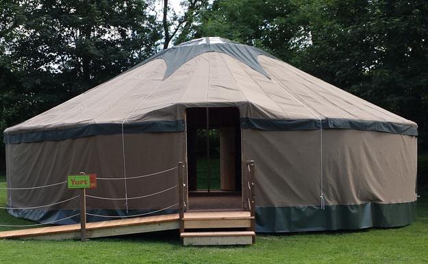 Amazona Yurt